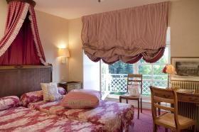 Château Colbert - Charming Room